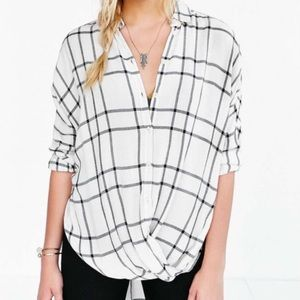 BDG STRUCTURED SURPLICE | BUTTON DOWN SHIRT